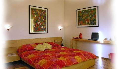 Casa Colli B and B - Search available rooms and beds for hostel and hotel reservations in Marghera 1 photo